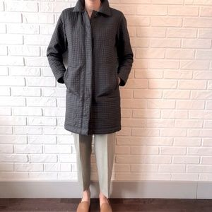 Quilted lightweight button up jacket mid length S